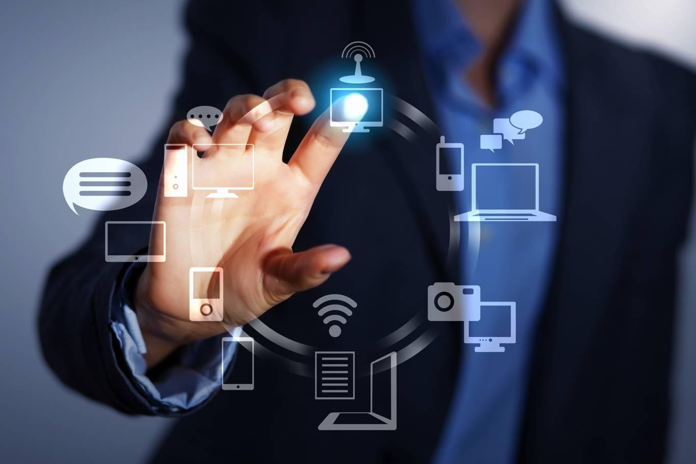 Sobre el uso de las TIC`s en el centro de trabajo y la ...  Sobre el uso de...