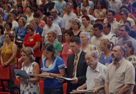 Sínodo postergado: extiende fase de consulta a fieles