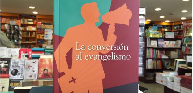 """""""La pobreza no implica necesariamente convertirse al evangelismo"""", dice Veronique Lecaros"""