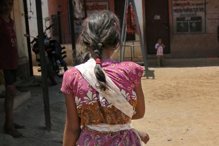 1 niña india