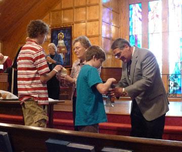 iglesia luterana comunion krouillong comunion en la mano