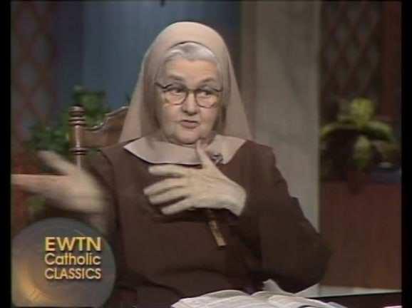 madre angelica krouillong comunion en la mano