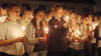 vigilia pascual krouillong comunion en la mano sacrilegio