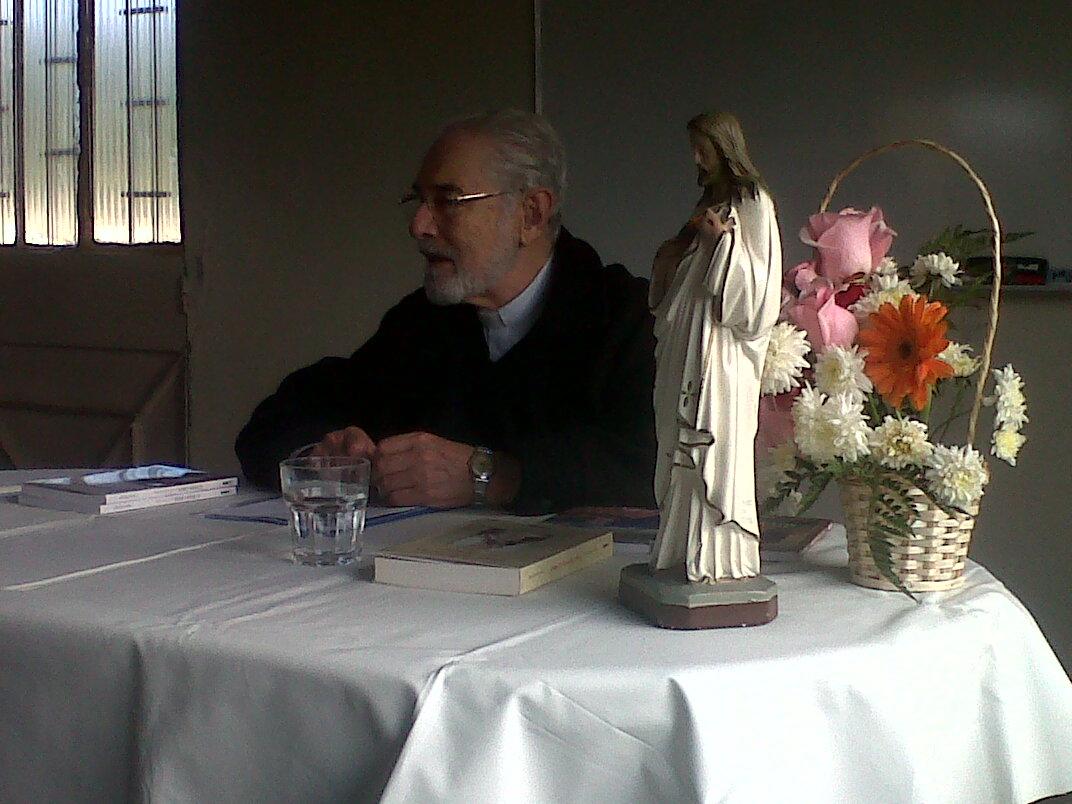Padre Horacio Bojorge Demonio de la Acedia krouillong comunion en la mano es sacrilegio (2)