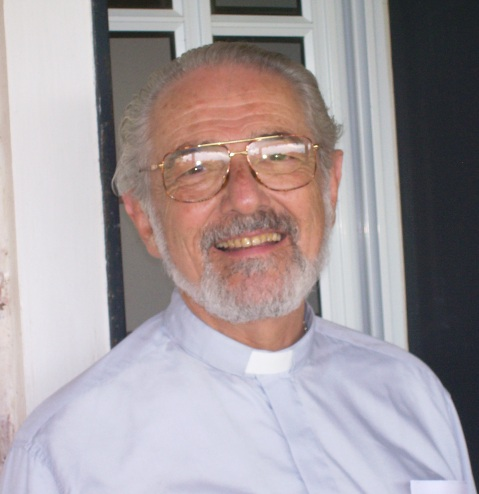 Padre Horacio Bojorge Demonio de la Acedia krouillong comunion en la mano es sacrilegio (3)