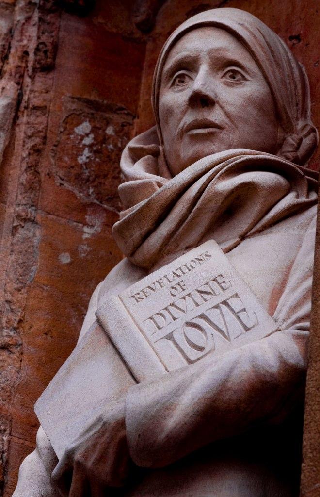 Juliana de Norwich krouillong comunion en la mano sacrilegio revelaciones del amor divino