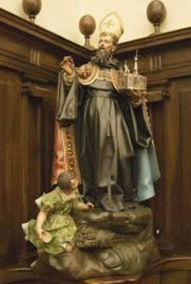 san agustin krouillong comunion en la mano sacrilegio 3