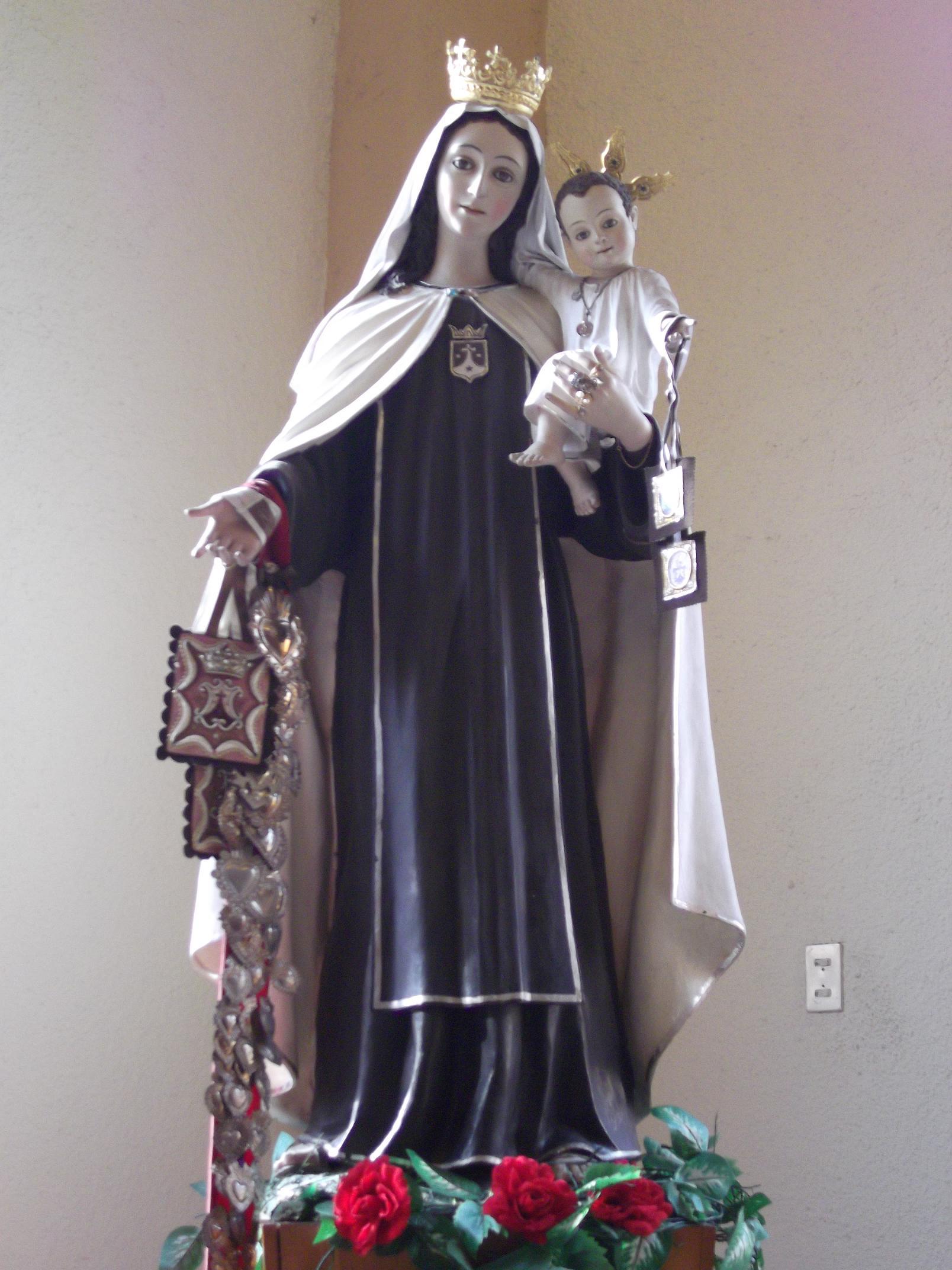 Nuestra Señora del Monte Carmelo krouillong comunion en la mano es sacrilegio