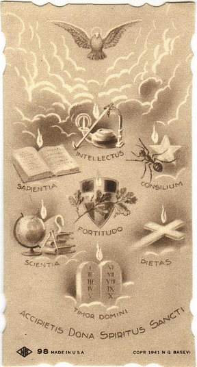 Espiritu Santo krouillong comunion en la mano es sacrilegio