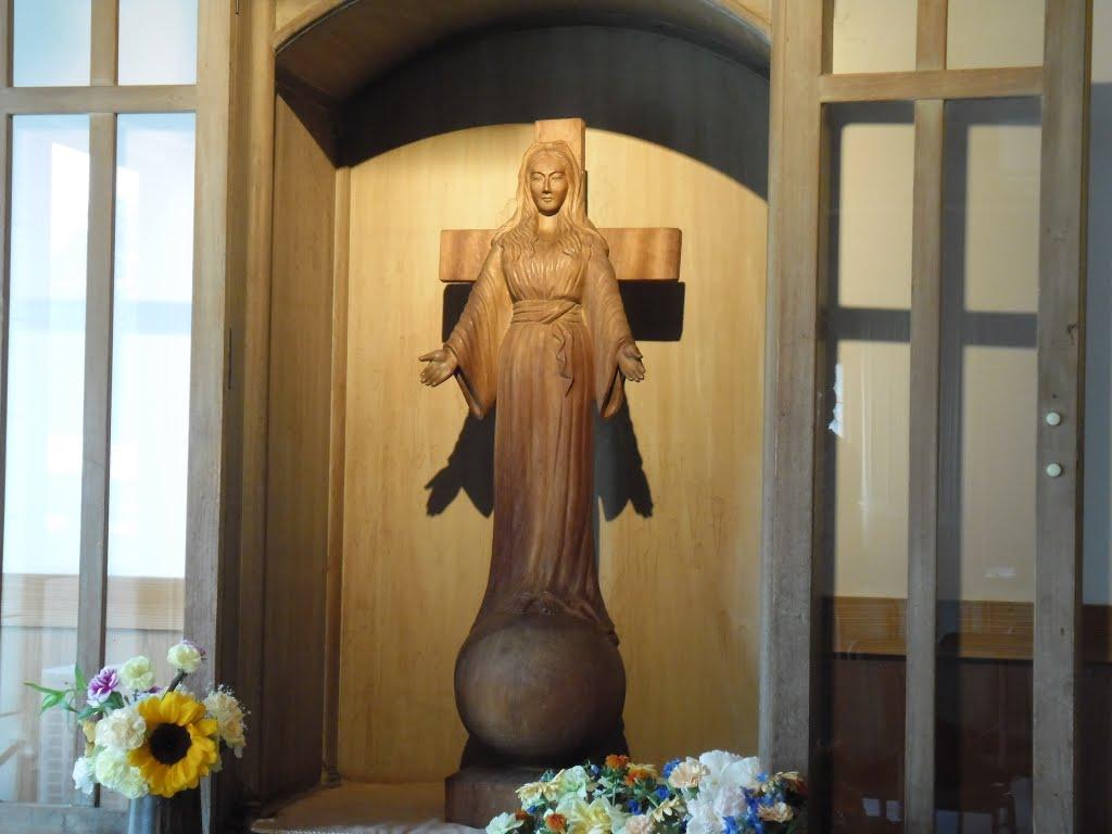 nuestra señora de akita krouillong comunion en la mano es sacrilegio