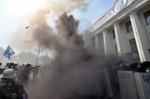 UKRAINE-RUSSIA-CONFLICT-PARLIAMENT