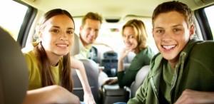 pais-filhos-adolescentes-viagem-carro-1390584320095_615x300