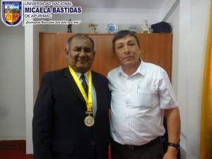 Municipalidad_de_Curahuasi_distingue_a_Presidente_de_la_UNAMBA_003
