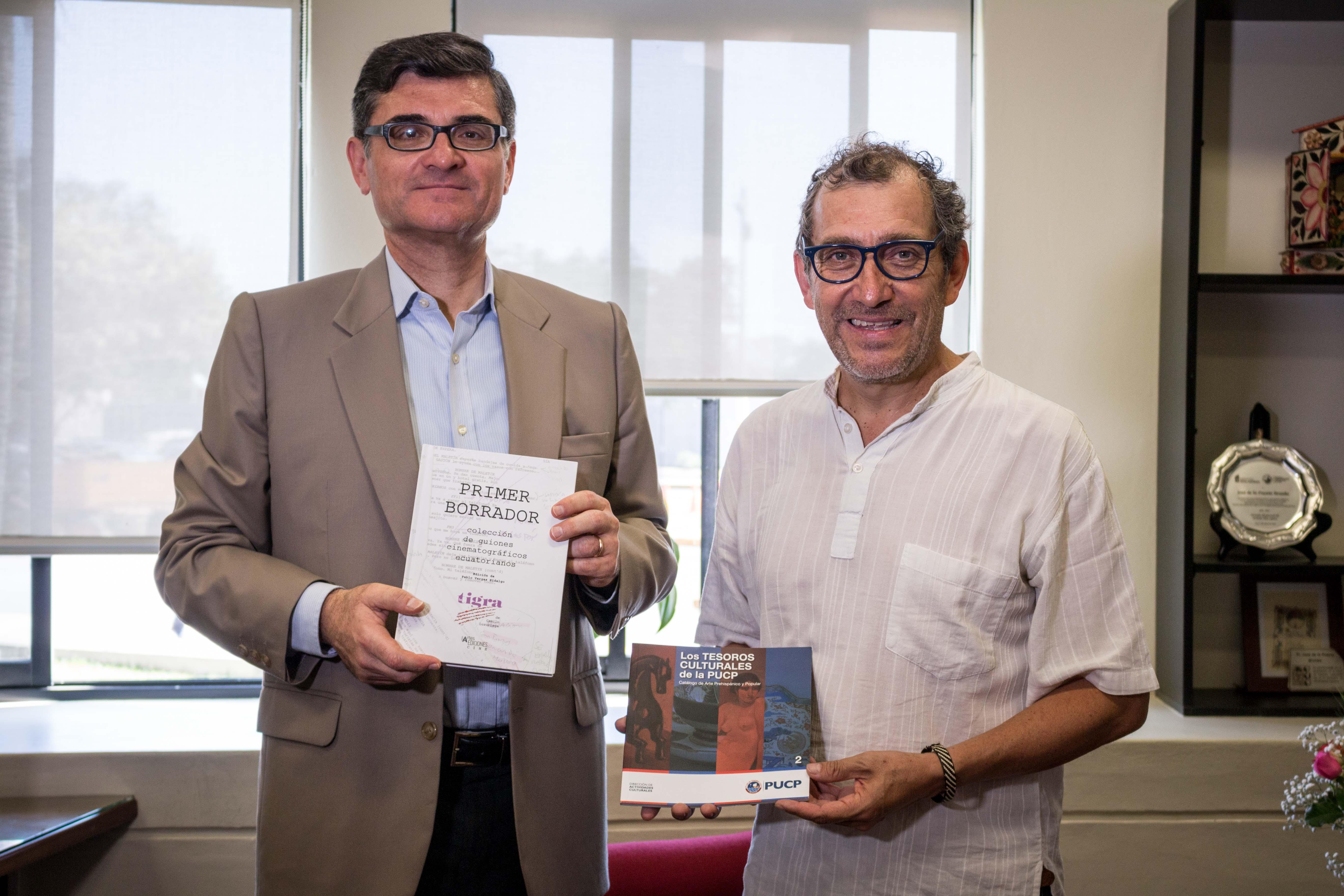 Visita del rector de la Universidad de las Artes (Guayaquil) [fotos]