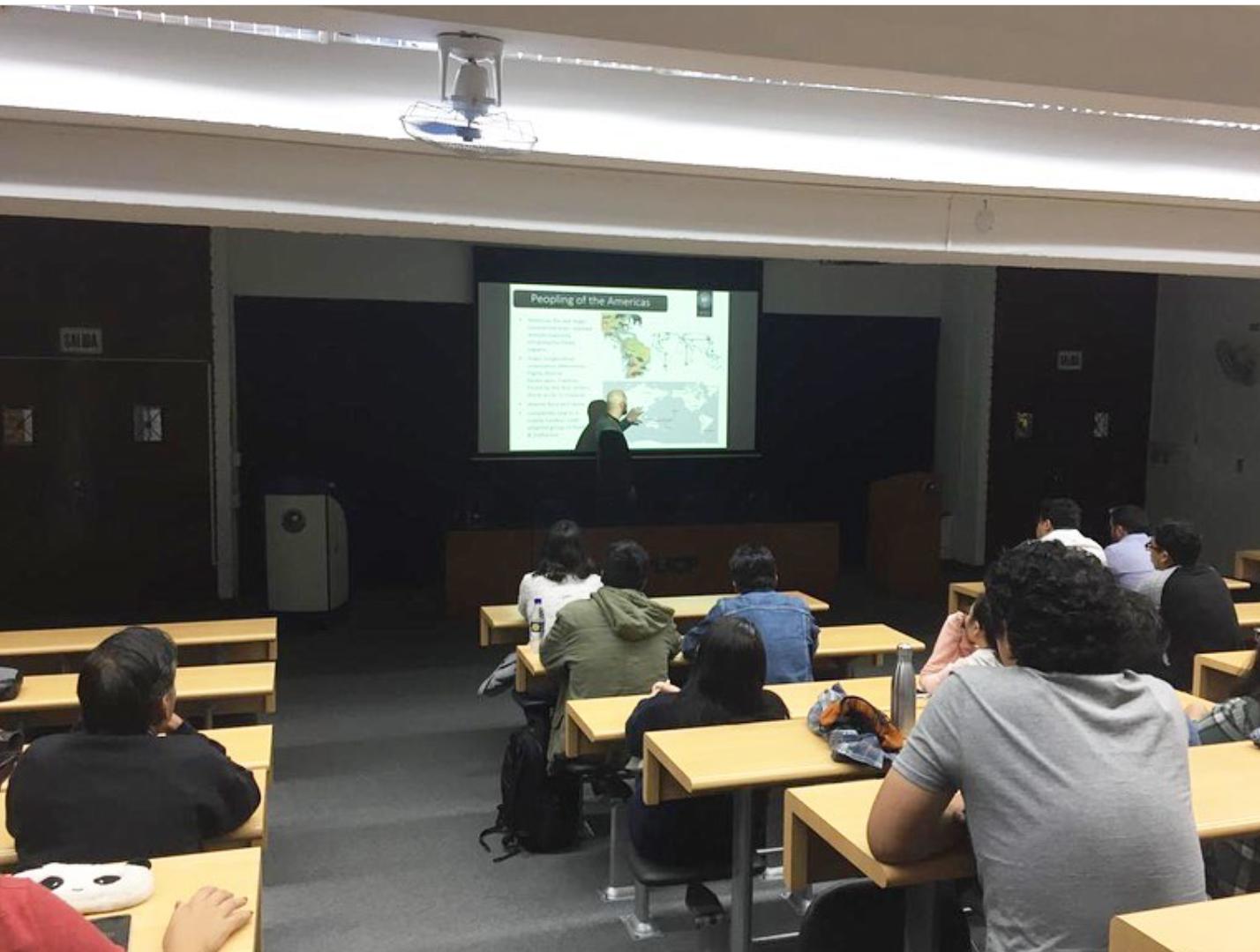 Charla: Paleogenómica de los andes centrales. Desde el poblamiento hasta Machu Picchu [fotos]