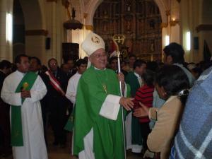 Monseñor en la Iglesia de Jauja