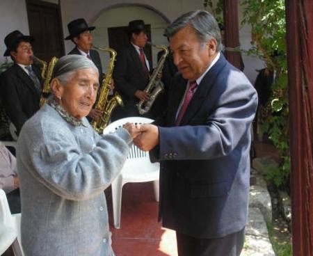 Mama Consuelo y Darío Núñez