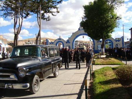 Alameda hacia el cementerio