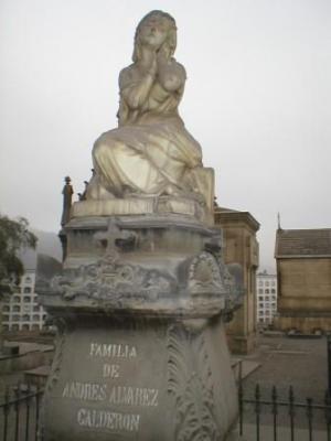 Mausoleo Alvarez-Calderon