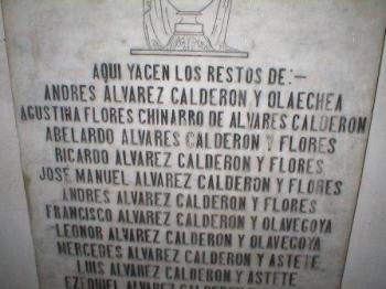 Lápida Álvarez-Calderón