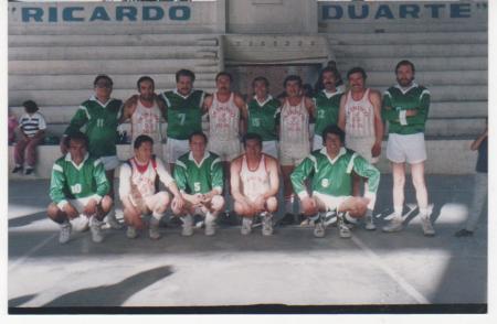 Olimpico en el Court Ricardo Duarte de Jauja