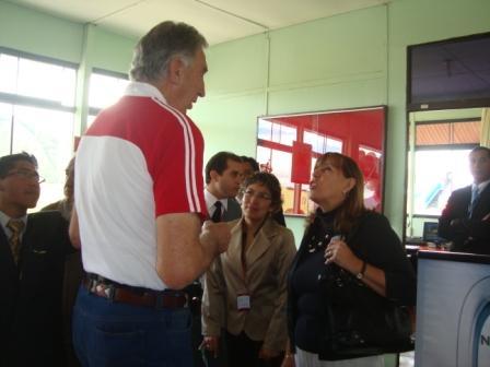 Ricardo Duarte y la Gerente Comercial de Star Perú