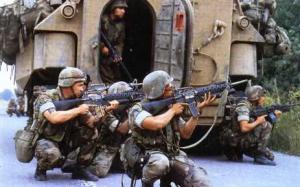 Tropas de la OTAN en la Guerra de Kosovo