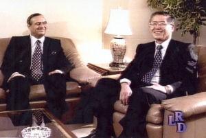 Los siameses Fujimori y Montesinos, entrevistados por la Revista Dominical