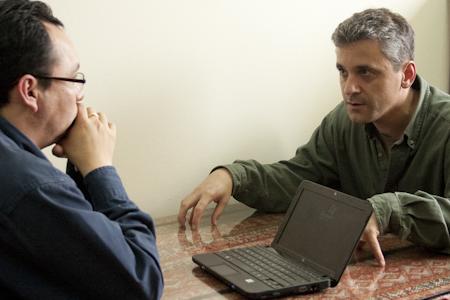 Carlo Magno Salcedo y Stevens Levitsky. Lima, 26 de noviembre de 2010. Fotografía: Ruth Agüero Collins