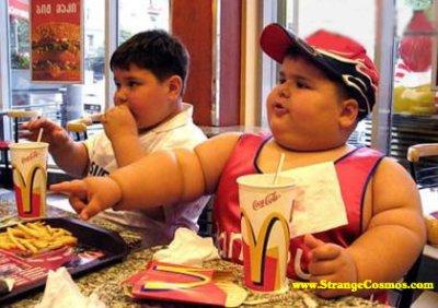20120103-mcdonalds-kid.jpg