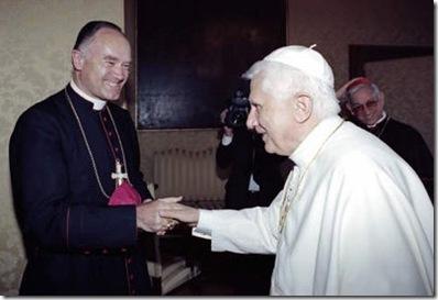 fellay y benedicto XVI