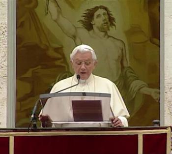 krouillong karla rouillon gallangos no recibas la eucaristia mano angelus santo padre benedicto XVI la logica del don