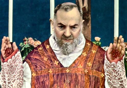 santo padre pio milagros consejos krouillong karla rouillon gallangos yo no recibo la eucaristia en la mano yo no recibo la comunion en la mano no recibas la eucaristia en la mano no recibas a jesus en la mano