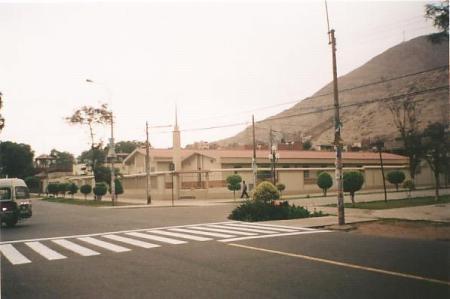 Iglesia de los Santos de los Ultimos Dias-Estaca Chosica