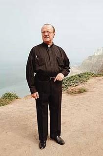 Sacerdote jesuita Juan Julio Witch