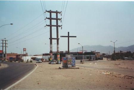 Cruz Avenida Wiesse-San Juan de Lurigancho