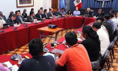 Mineros artesanales en Puno