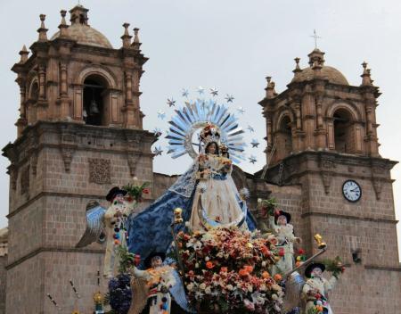 Virgen de la Candelaria de Puno