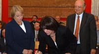 Bachelet firma proyecto MA