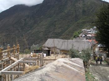 Destrucción de Templo colonial de Marcapata