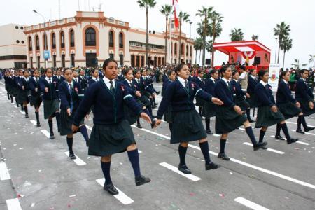 Desfile Escolar - Google