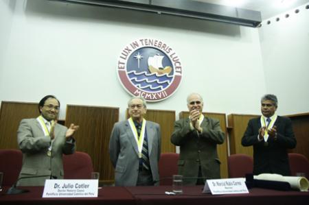 Honoris Causa al Dr. Julio Cotler