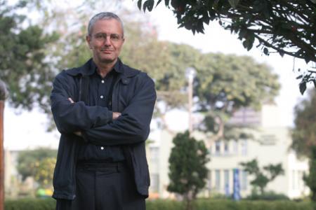 Farid Kahhat