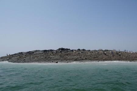 20130925-nueva_isla_pakistan_terremoto_setiembre_2013_earthquake.jpg