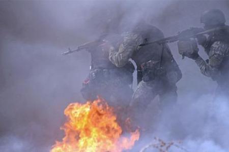 20140502-ucrania-ataca-slaviansk-en-medio-de-una-guerra-de-amenazas.jpg