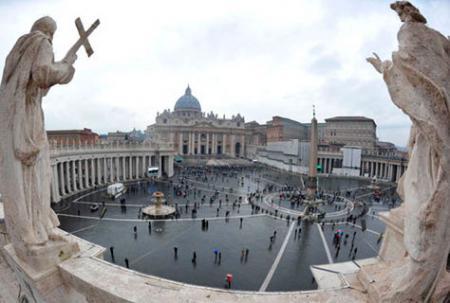 20140505-vaticano-capilla-sixtina-benedicto-xvi.jpg