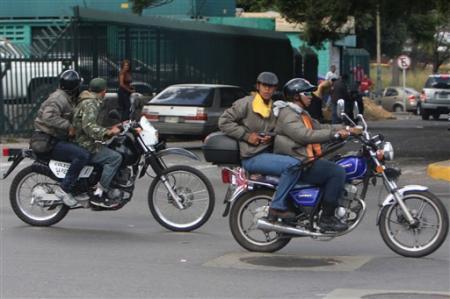 20141124-venezuela_matones_gobierno.jpg