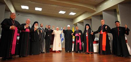 20100517-pluralismo.jpg