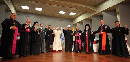 20101215-ecumenismo ABRIL.jpg