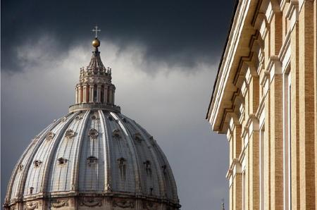 20120626-cupula_vaticano.jpg